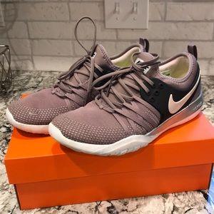 Women's Nike free training shoe